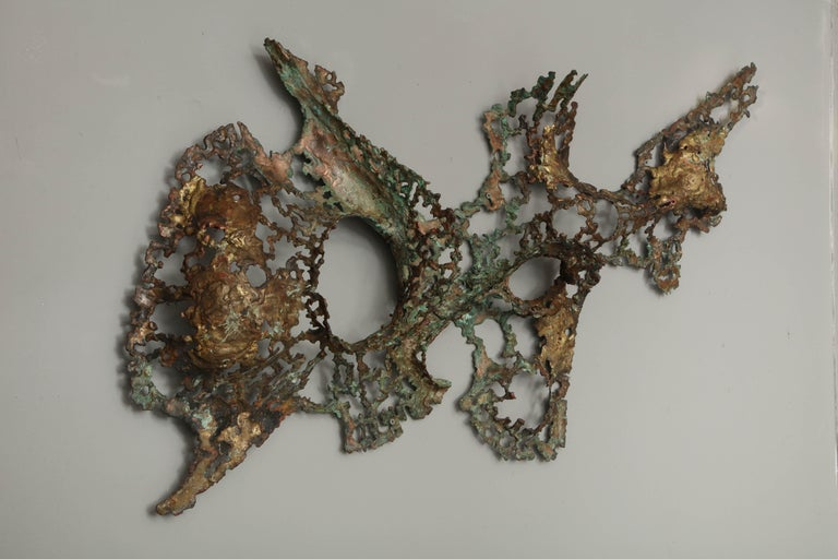 American Free-Form Brutalist Wall Sculpture in Unlacquered Brass For Sale