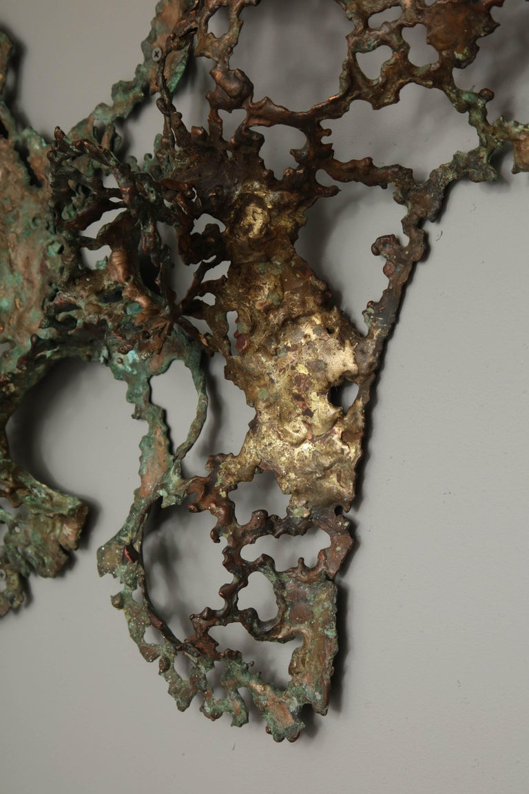 Free-Form Brutalist Wall Sculpture in Unlacquered Brass For Sale 2