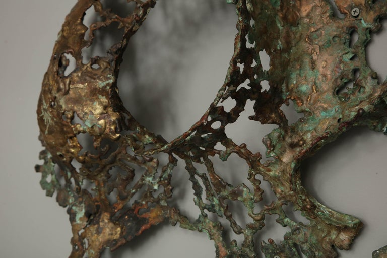Free-Form Brutalist Wall Sculpture in Unlacquered Brass For Sale 4