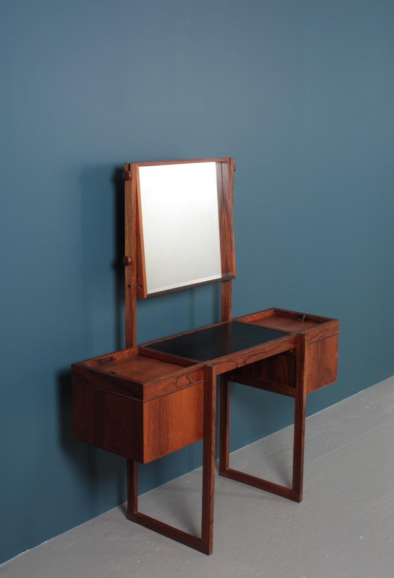 Free Standing Midcentury Vanity in Rosewood, Made in Denmark, 1960s For Sale 6