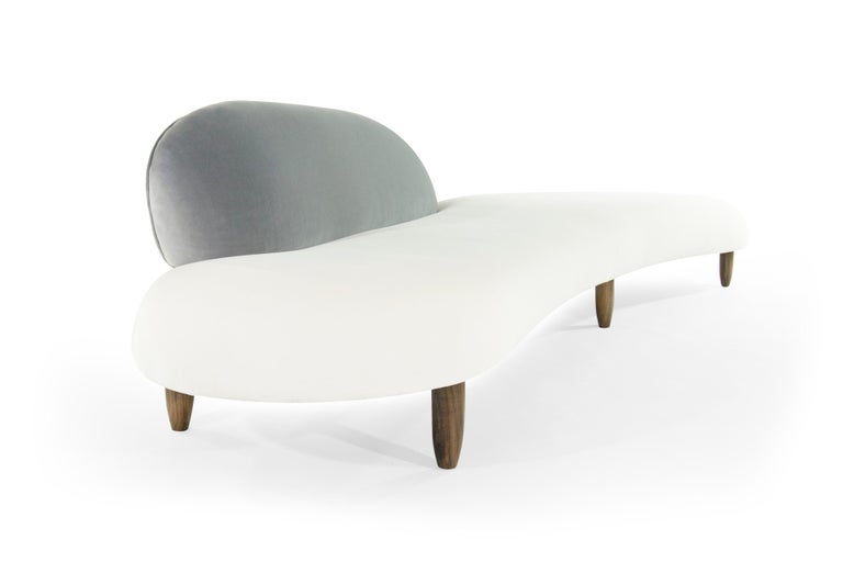 Freeform Sofa by Isamu Noguchi In Excellent Condition For Sale In Stamford, CT