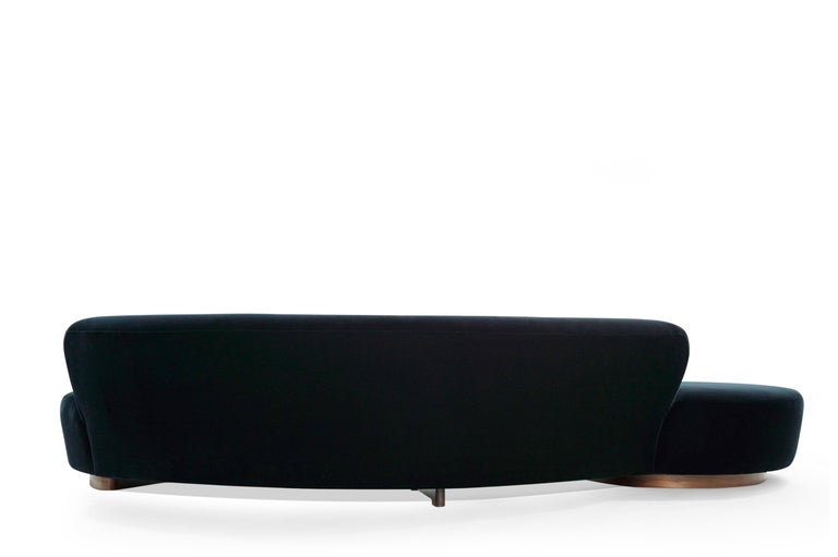 Serpentine Sofa by Vladimir Kagan in Navy Blue Mohair For Sale 3