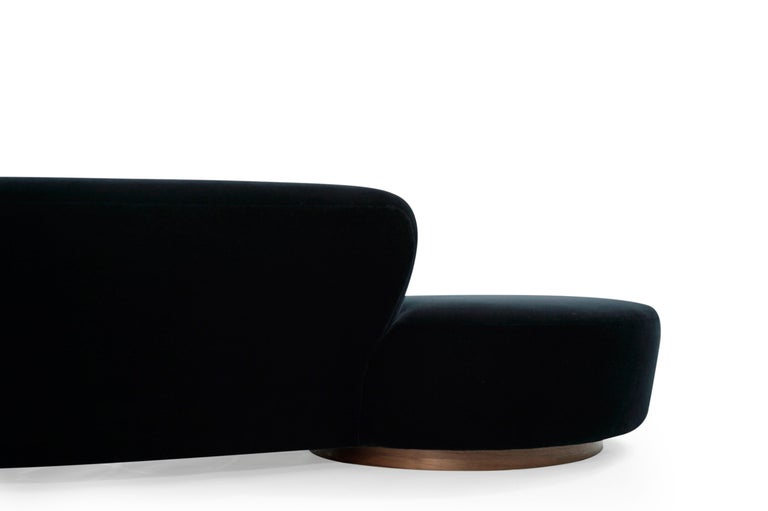 Serpentine Sofa by Vladimir Kagan in Navy Blue Mohair For Sale 8