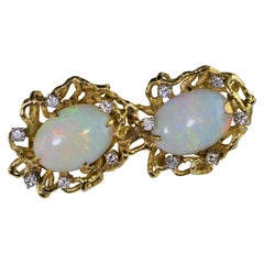 Freefrom Diamond Opal Necklace Feature Pendant Yellow Gold