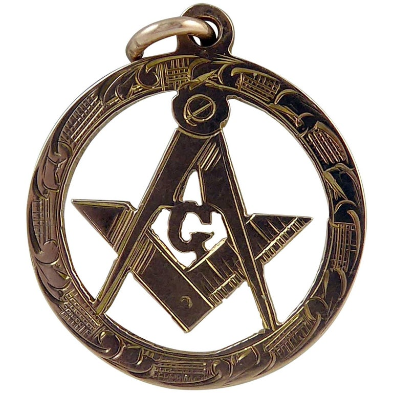 Freemasons' Gold Fob, Hallmarked Chester, 1915 For Sale