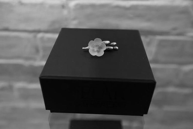 Freesia Brooch by the Artist in Sterling Silver with Quartz Flower In New Condition For Sale In Berlin, DE