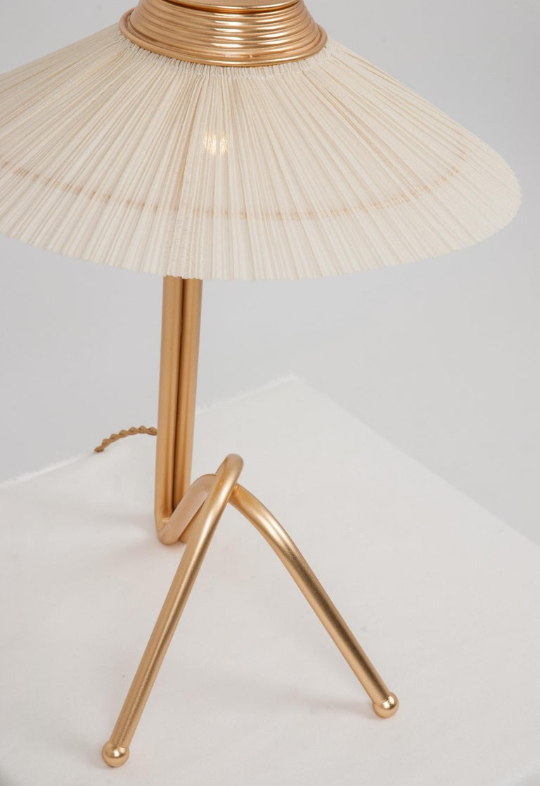 Freevolle Sculpture Table Lamp, Handmade Brass Body, Ivory Linen For Sale 3