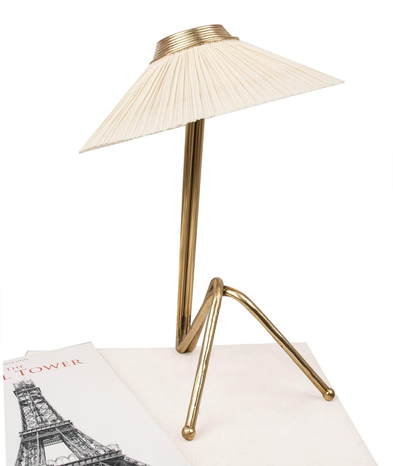 Freevolle Sculpture Table Lamp, Handmade Brass Body, Ivory Linen For Sale 7
