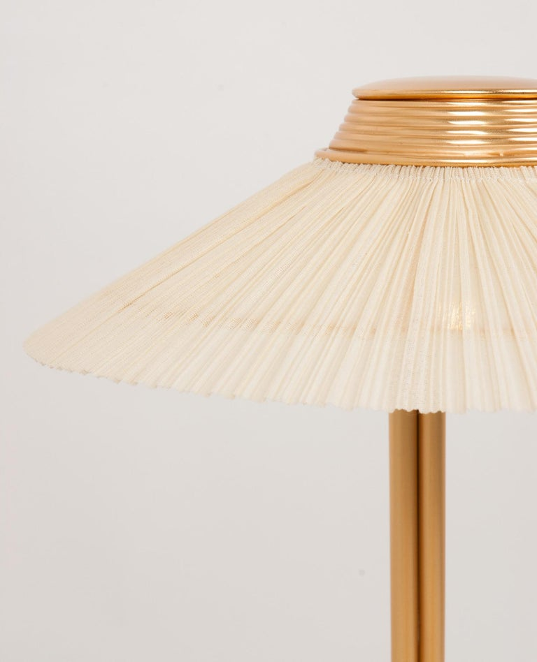 Hand-Crafted Freevolle Sculpture Table Lamp, Handmade Brass Body, Ivory Linen For Sale