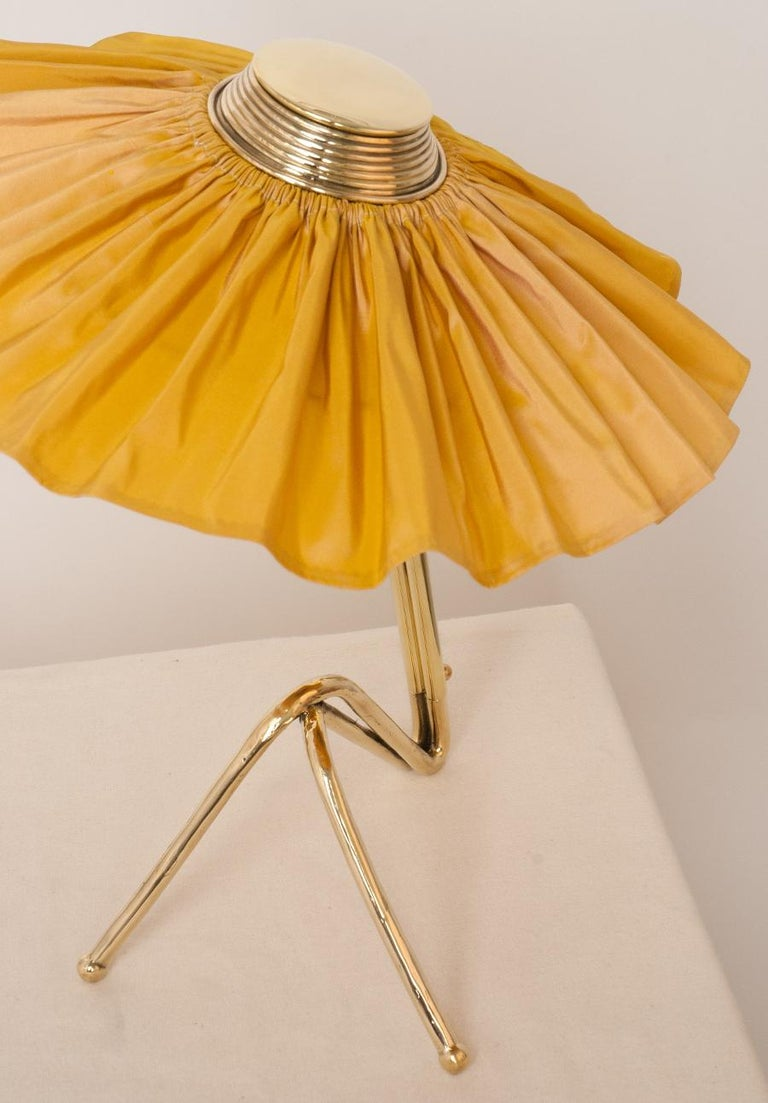Contemporary Freevolle Sculpture Table Lamp, cast melted brass, sun silk Taffeta For Sale