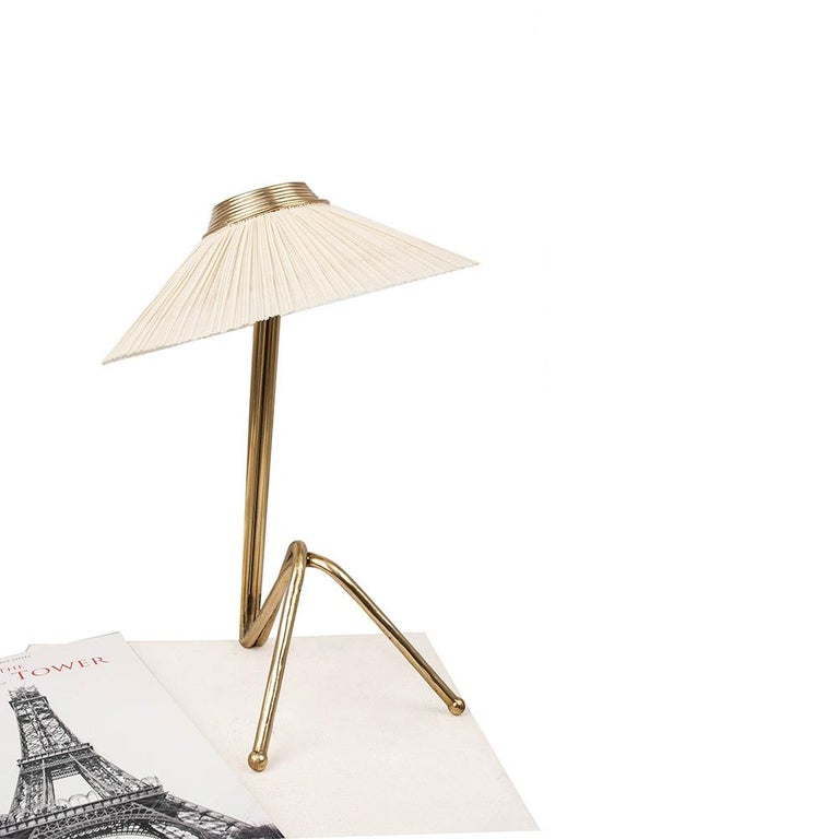 Freevolle Sculpture Table Lamp, Handmade Brass Body, Soft Grey Linen For Sale 3