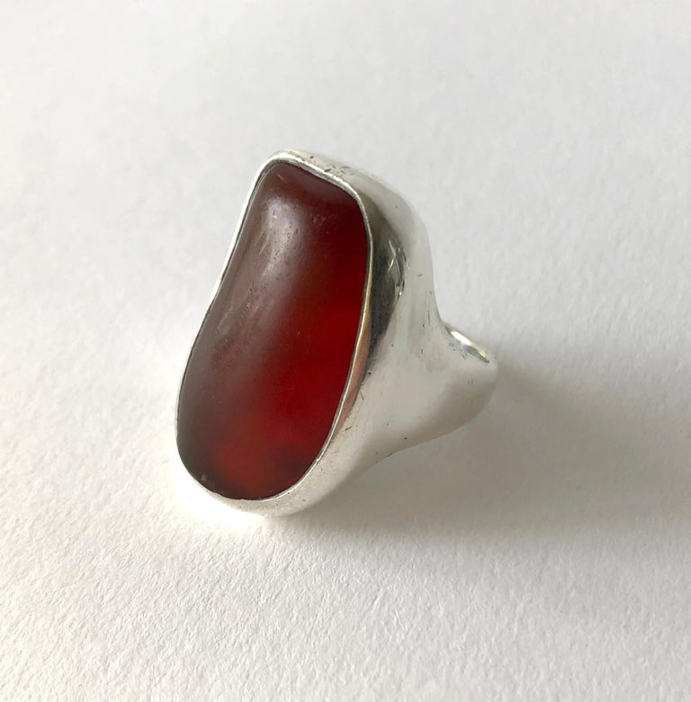 Fred Skaggs Sterling Silver Amber Arizona Modernist Gentlemens Ring In Good Condition For Sale In Los Angeles, CA