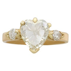 French 1.32 Carat Diamond and Yellow Gold Engagement Ring, circa 1990