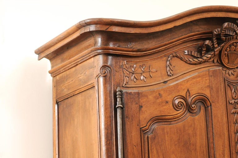 French 1740s Louis XV Walnut Armoire from Nice, with Hand Carved Foliage Décor For Sale 5