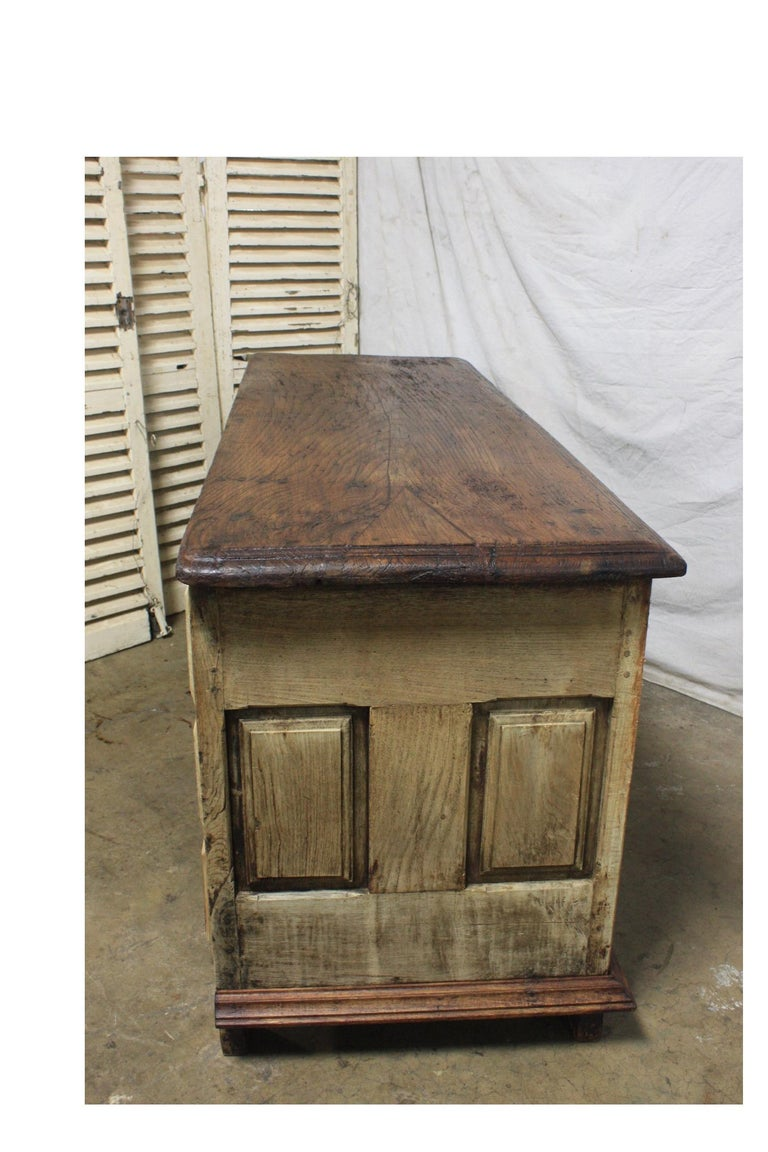 French 17th Century Desk For Sale 5