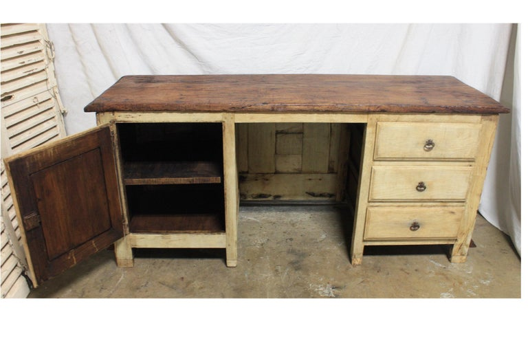 French 17th Century Desk For Sale 2