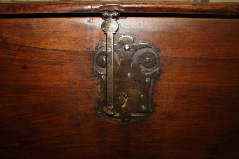 French 17th Century Trunk or Blanket Chest For Sale 1