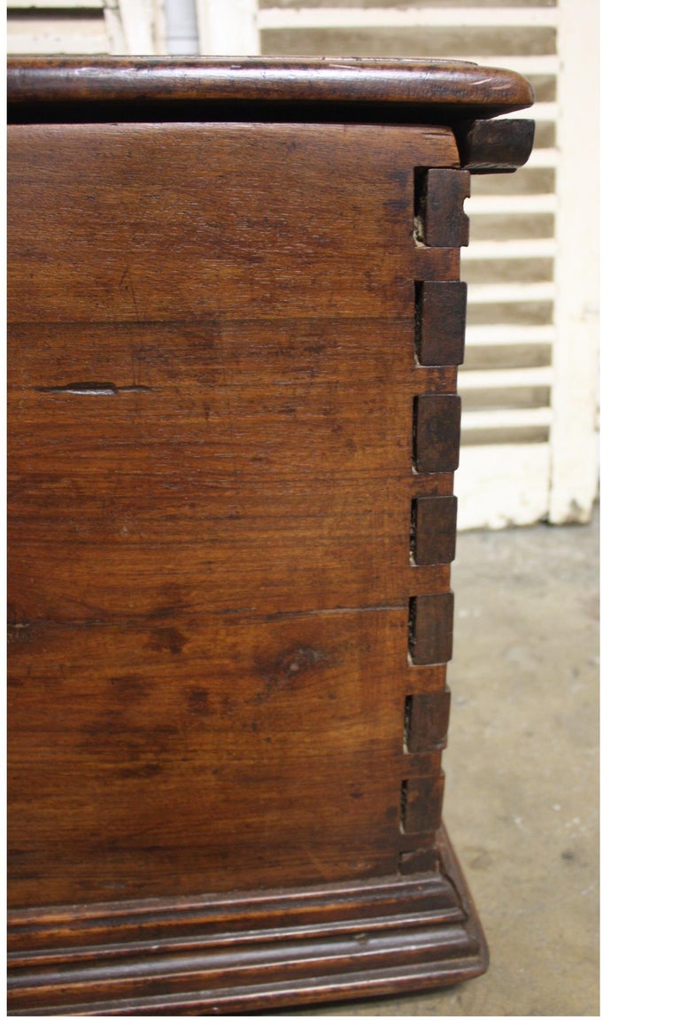 French 17th Century Trunk or Blanket Chest For Sale 2