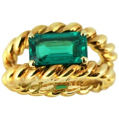 French 18 Karat Gold Ring with Natural Colombian Emerald of Approx 2 Carat