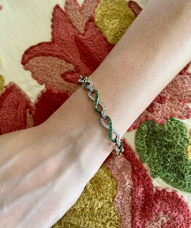 French 18 Karat Yellow Gold Emerald & Diamond Link Bracelet For Sale 7