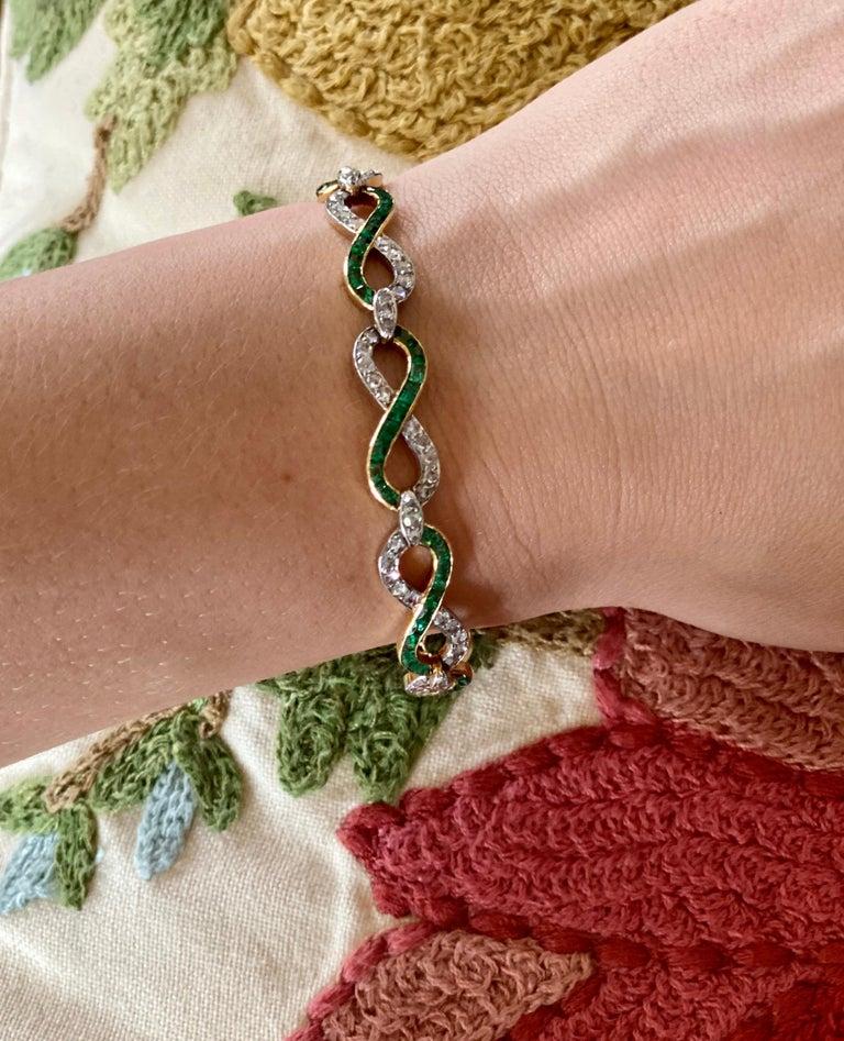 French 18 Karat Yellow Gold Emerald & Diamond Link Bracelet For Sale 9