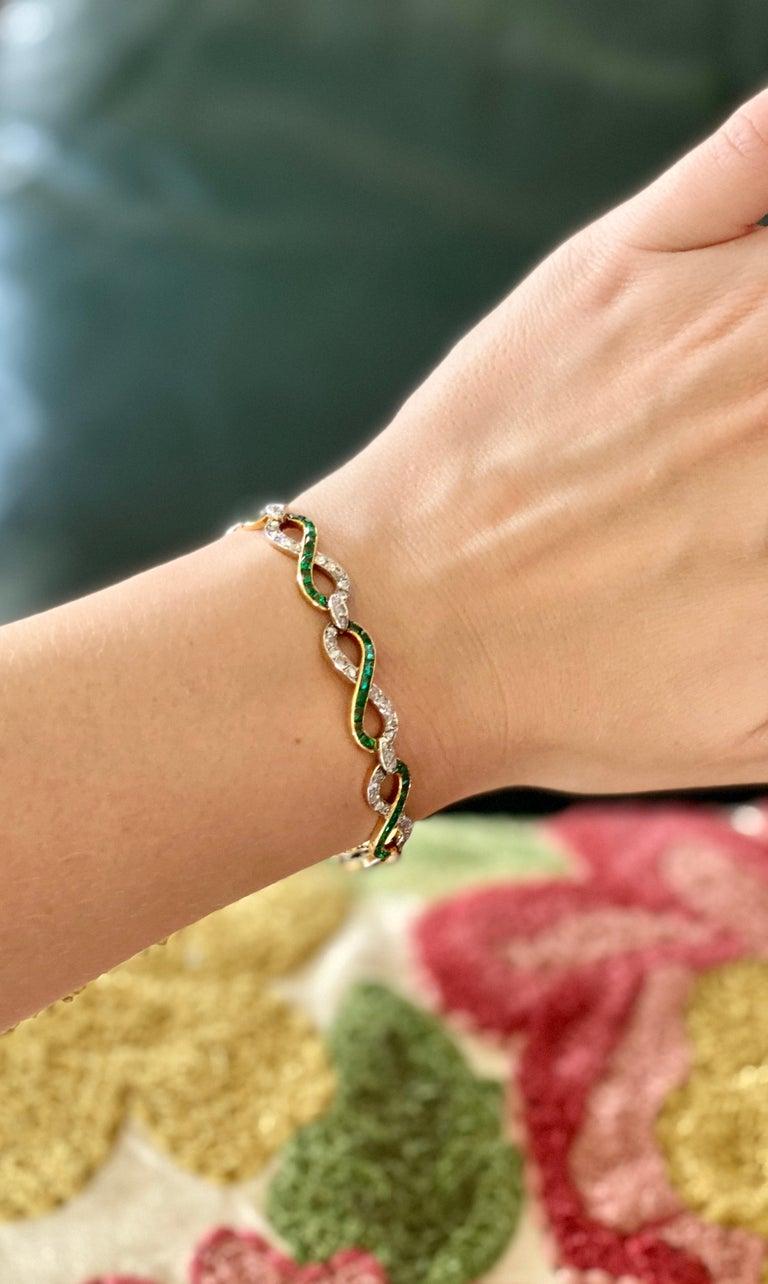 French 18 Karat Yellow Gold Emerald & Diamond Link Bracelet For Sale 10