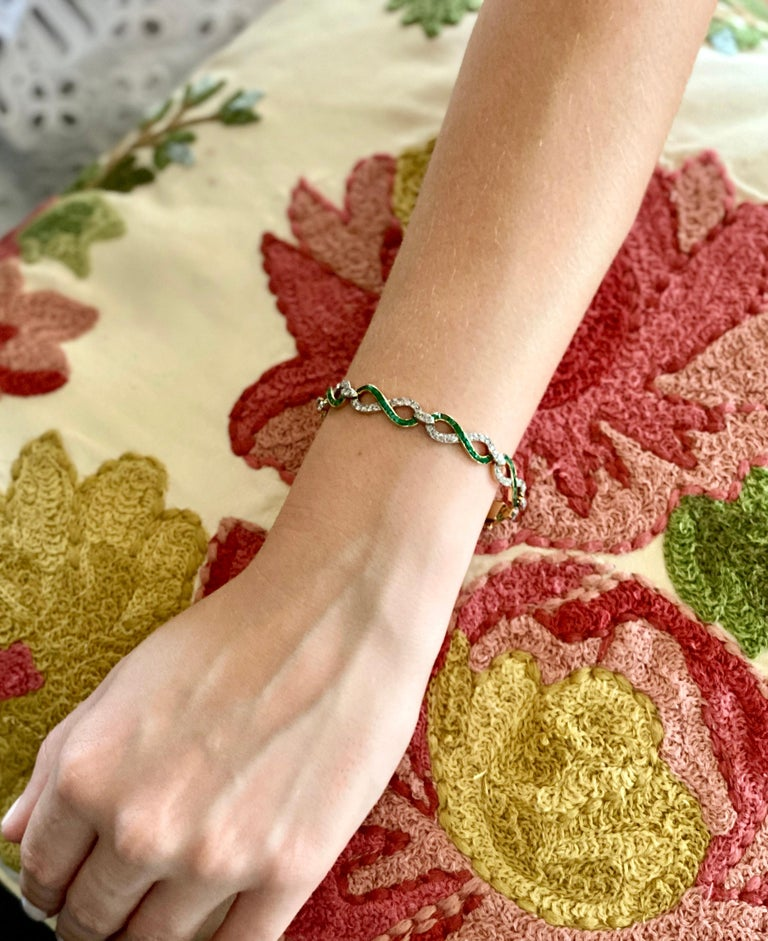 French 18 Karat Yellow Gold Emerald & Diamond Link Bracelet For Sale 11