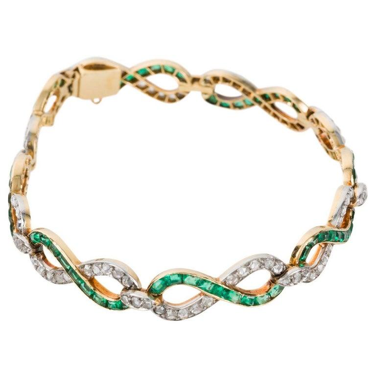 Victorian French 18 Karat Yellow Gold Emerald & Diamond Link Bracelet For Sale