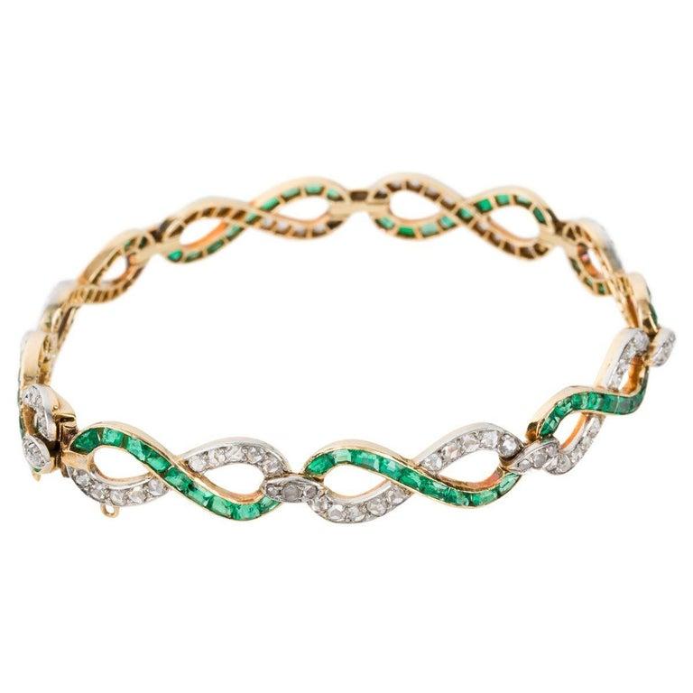 Rose Cut French 18 Karat Yellow Gold Emerald & Diamond Link Bracelet For Sale
