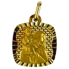 French 18 Karat Yellow Gold Saint Christopher Charm Pendant