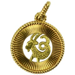 French 18 Karat Yellow Rose Gold Zodiac Capricorn Charm Pendant