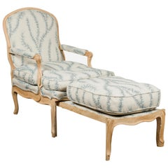 French 1800s Louis XV Style Oak Lounge Chair with Natural Patina and Upholstery