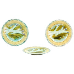 French 1850s Majolica Asparagus Plate with Scalloped Edge, Three Available