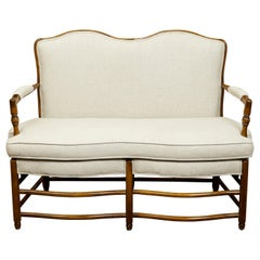 French 1850s Napoléon III Walnut Settee with Side Stretchers and New Upholstery