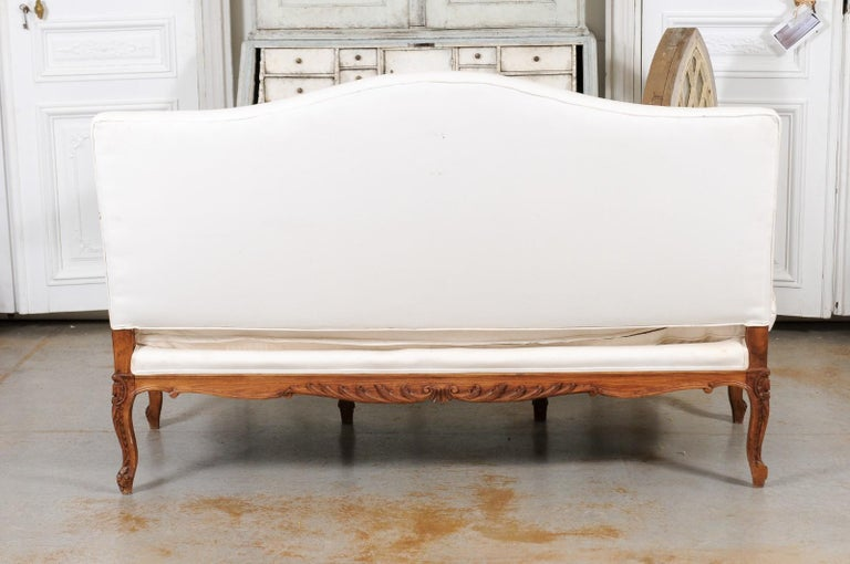French 1850s Régence Style Three-Seat Canapé with Carved Shells and Upholstery For Sale 7