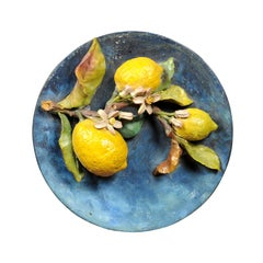 French 1880s Barbotine Provençale Plate with Lemons and Leafy Decor