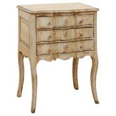 French 1880s Rococo Style Three-Drawer Bedside Chest with Serpentine Front