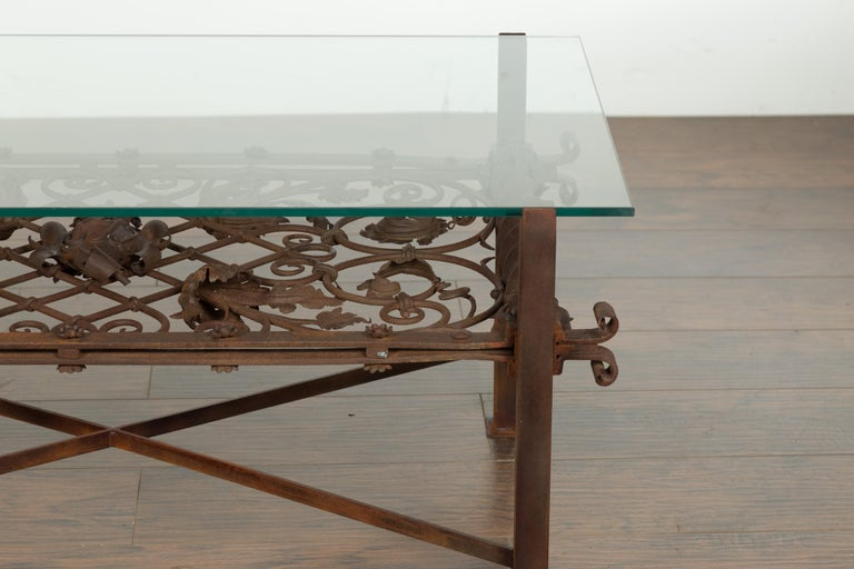 French 1892 Iron Balcony Fragment Made into a Coffee Table with Glass Top In Good Condition For Sale In Atlanta, GA