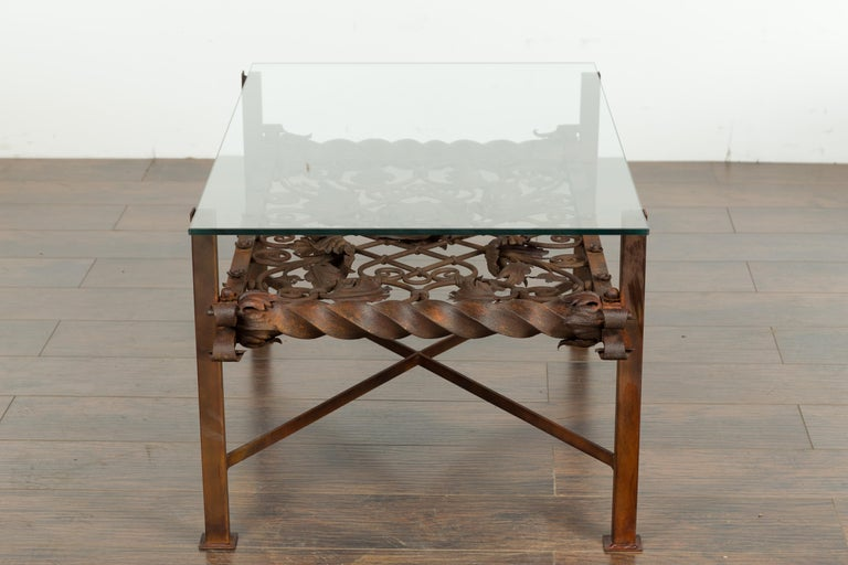French 1892 Iron Balcony Fragment Made into a Coffee Table with Glass Top For Sale 4