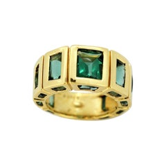 French 18 Karat Yellow Gold Ring with Natural Emeralds, circa 1950s