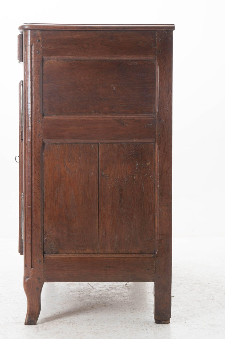 French 18th Century Carved Oak Buffet For Sale 3