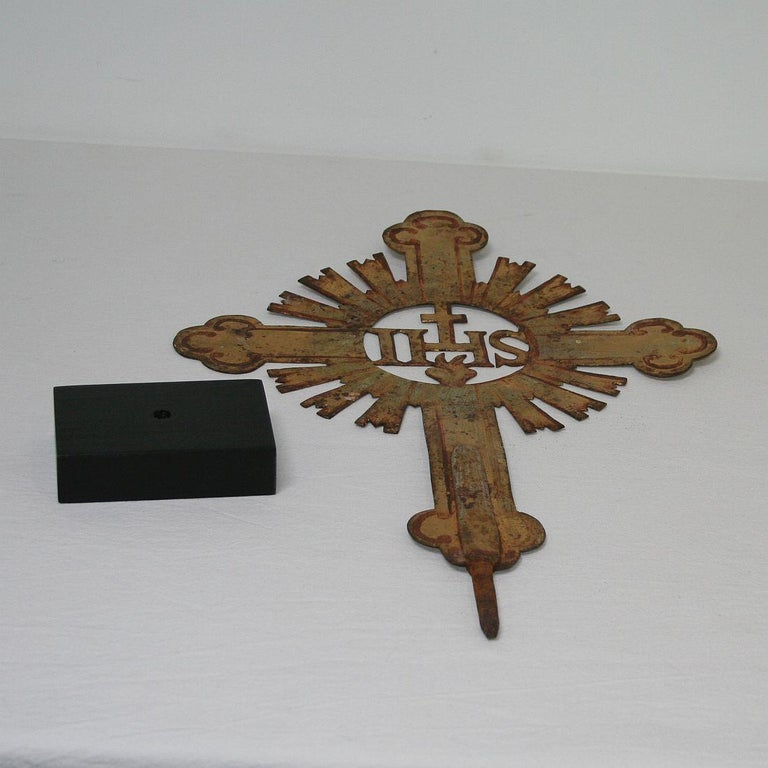 French 18th Century Forged Iron Processional Cross For Sale 13