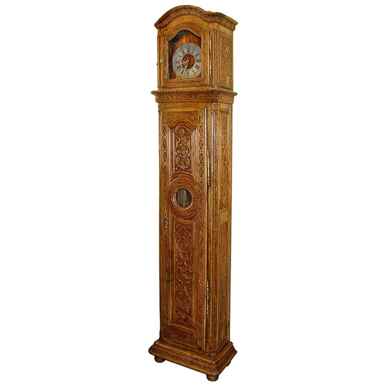 French 18th Century Grandfather Clock in Oak For Sale