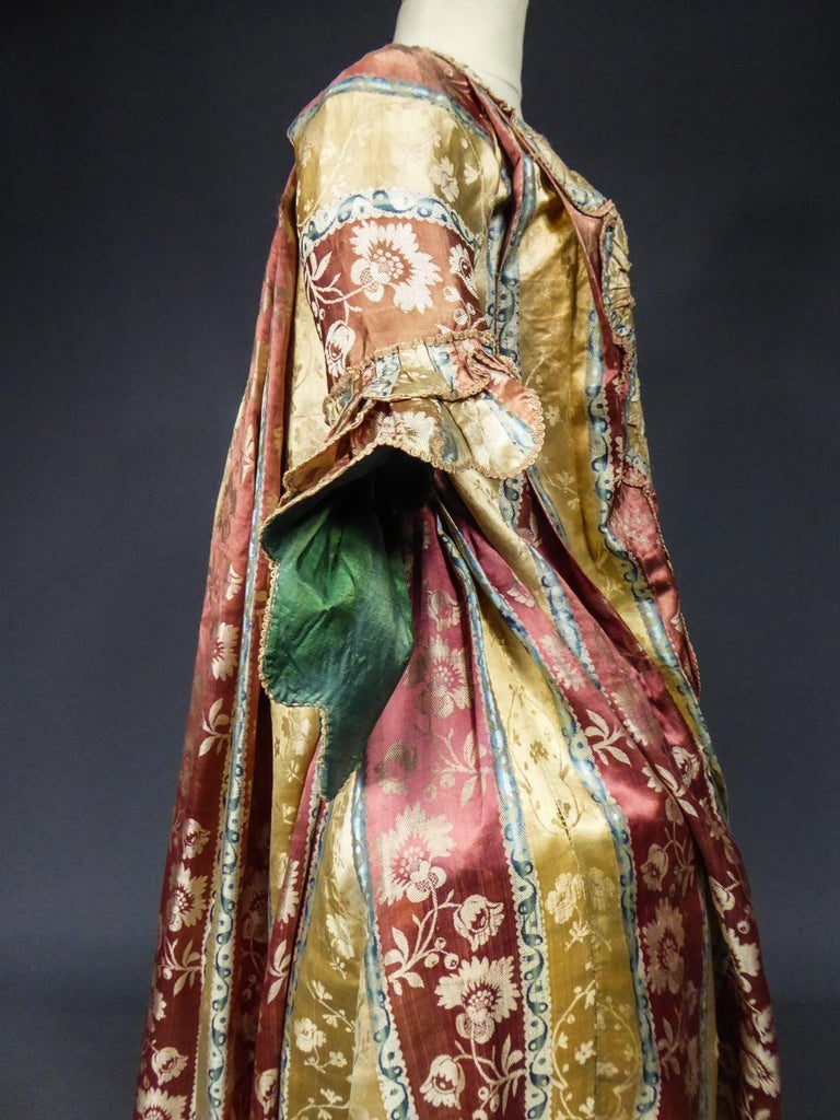 French 18th Century Interior Robe Volante Dress Louis XV Period For Sale 9