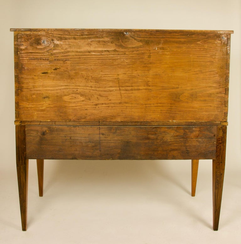 French 18th Century Large Louis XVI Marquetry Desk or Bureau à Cylindre For Sale 9