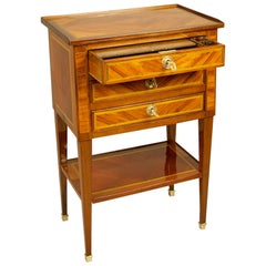 French 18th Century Louis XVI Parquetry Small Writing Table or Table Écritoire