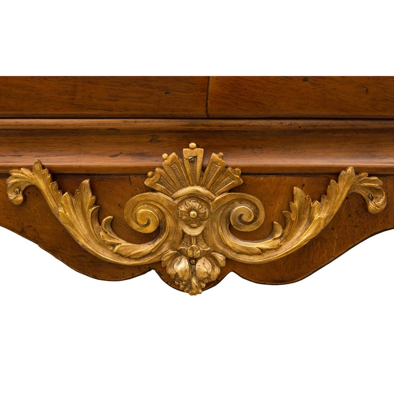 French 18th Century Régence Period Walnut, Fruitwood, Ormolu, and Marble Commode For Sale 4