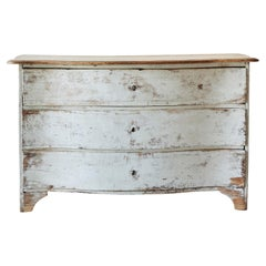 French 18th Century Serpentine Commode