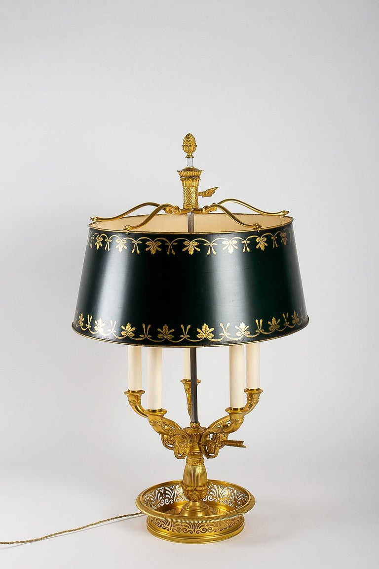French Empire Style Gilt-Bronze and Tole Five Lights Table Bouillotte Lamp For Sale 11