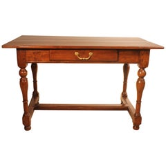 French 19th Century Desk with Turned Legs